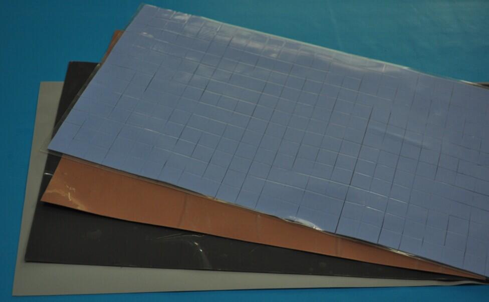 天蓝色导热硅胶片 可按客户要求裁切